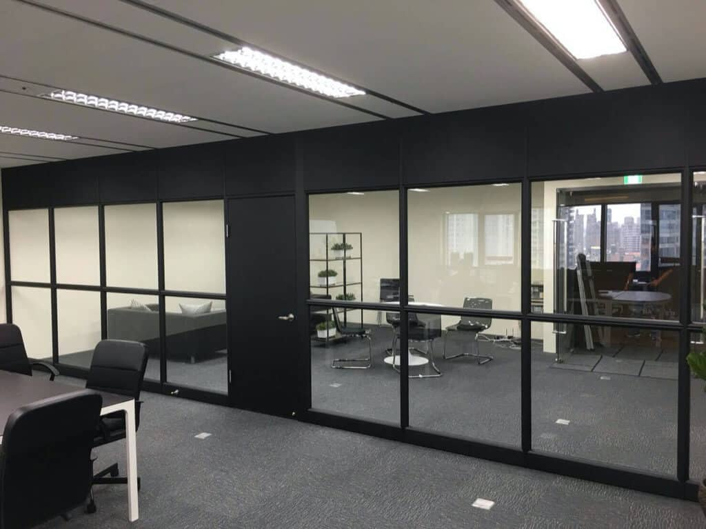 氣密窗隔間(鋁門窗隔間)